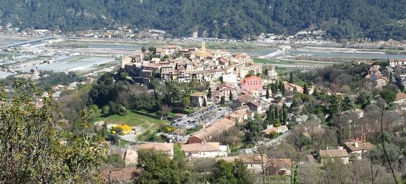 Gattières est situé dans le département des Alpes-Maritimes en région Provence-Alpes-Côte d'Azur